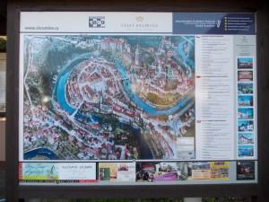 Plattegrond van Cesky Krumlov's binnenstad. De bezienswaardigheden zijn hierop aangegeven.